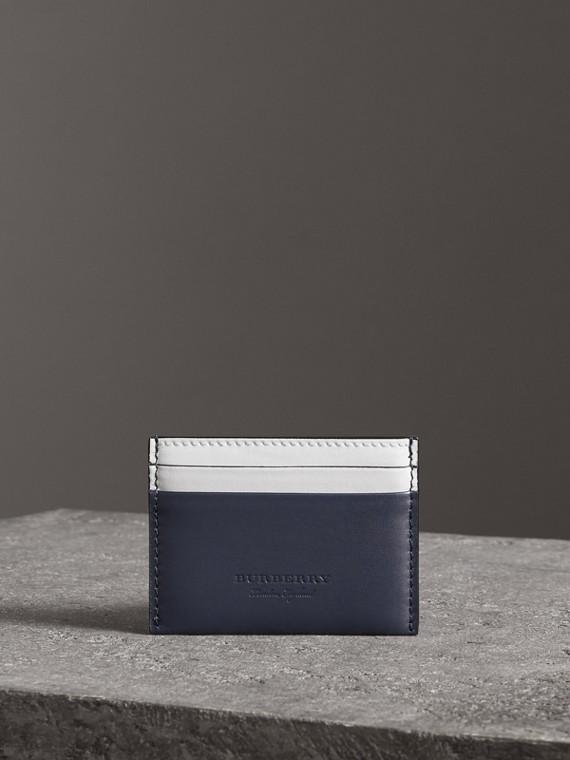 Porta carte di credito in pelle bicolore (Indaco Medio)
