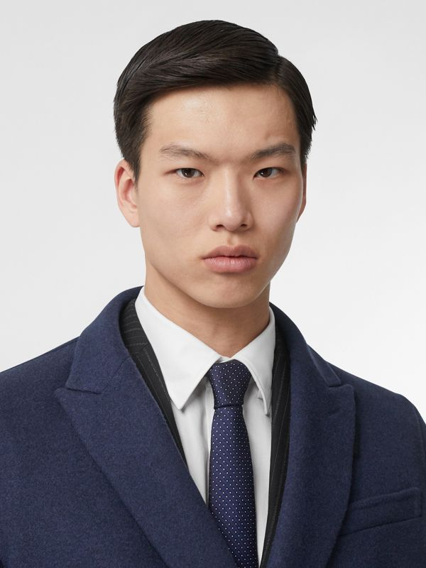 Classic Cut Micro Dot Silk Jacquard Tie in Navy - Men | Burberry Hong Kong - cell image 2