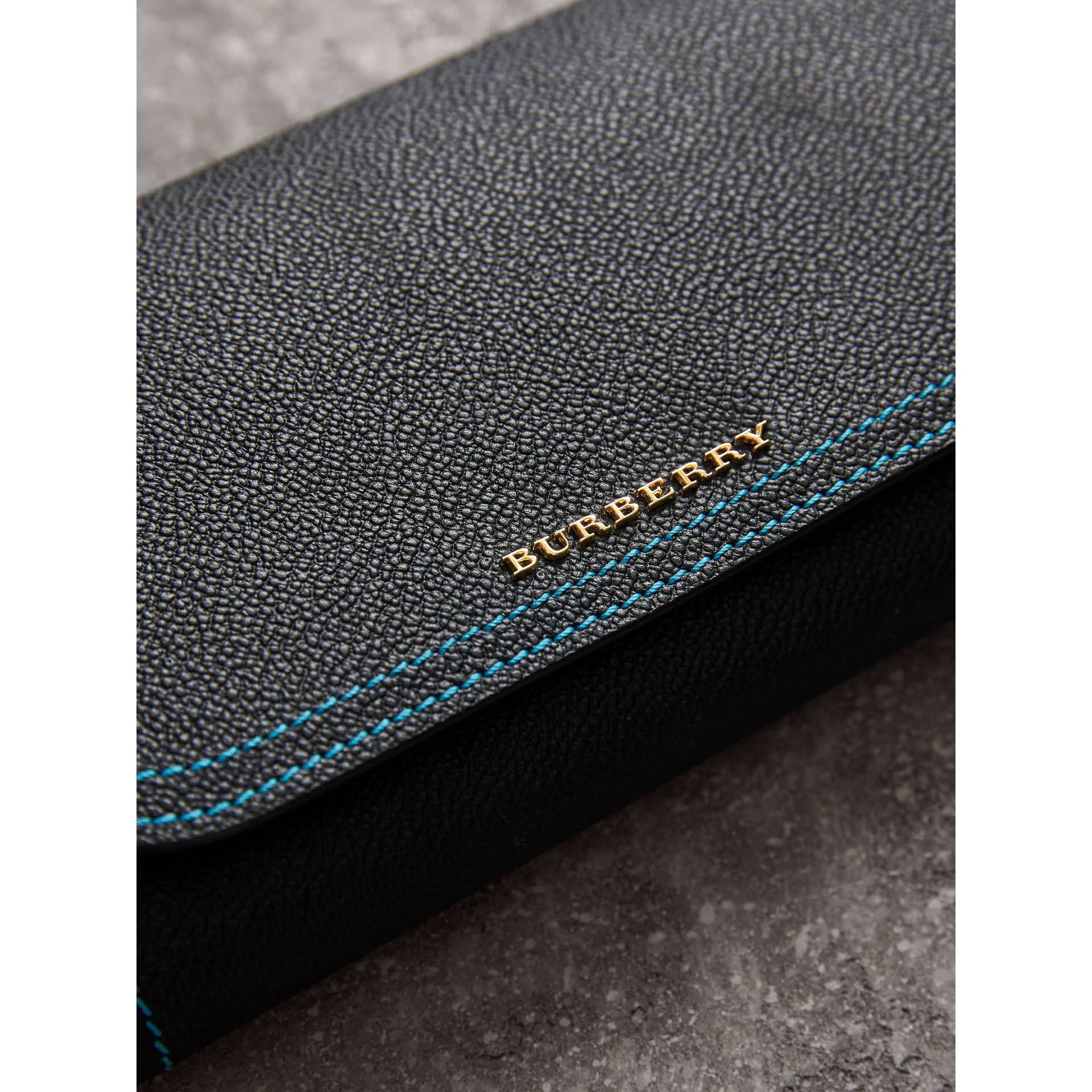 Topstitch Detail Leather Wallet with Detachable Strap in Black/multicolour - Women | Burberry Singapore - gallery image 1