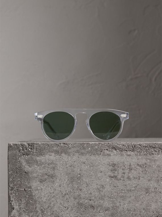 The Keyhole Round Frame Sunglasses in Crystal/green | Burberry Australia - cell image 3