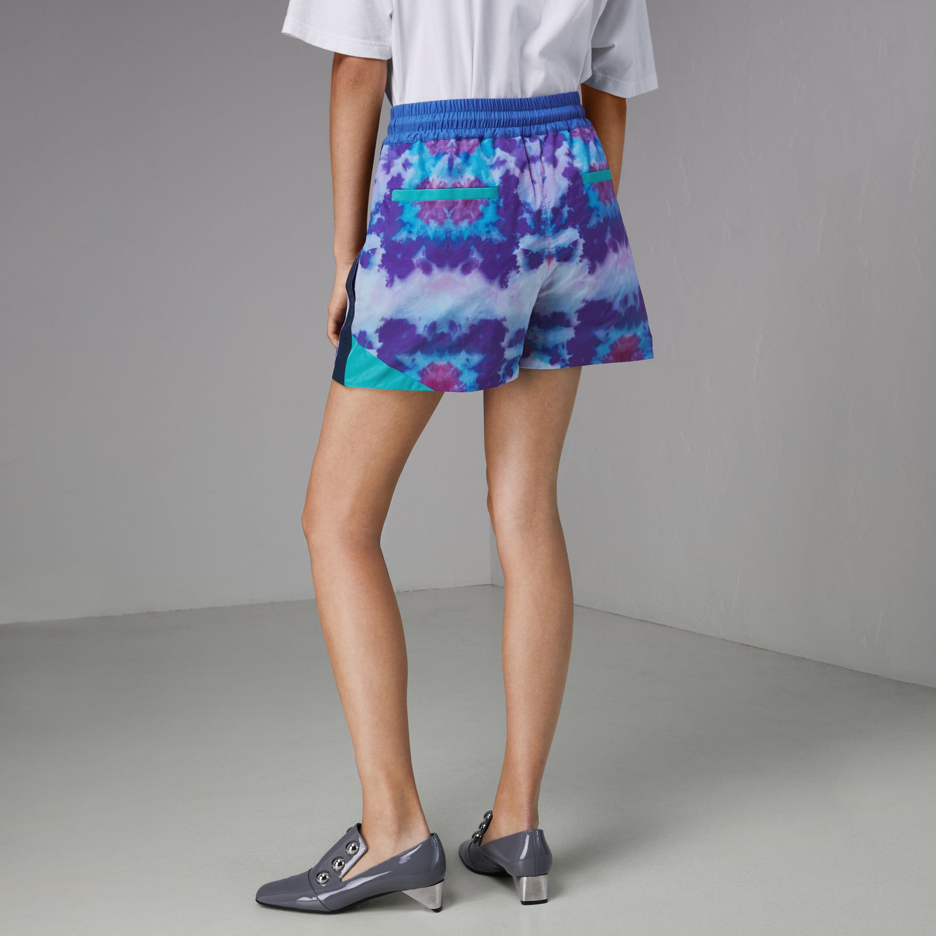 Tie-dye Print Shell Shorts in Orchid Purple - Women | Burberry United Kingdom - gallery image 2