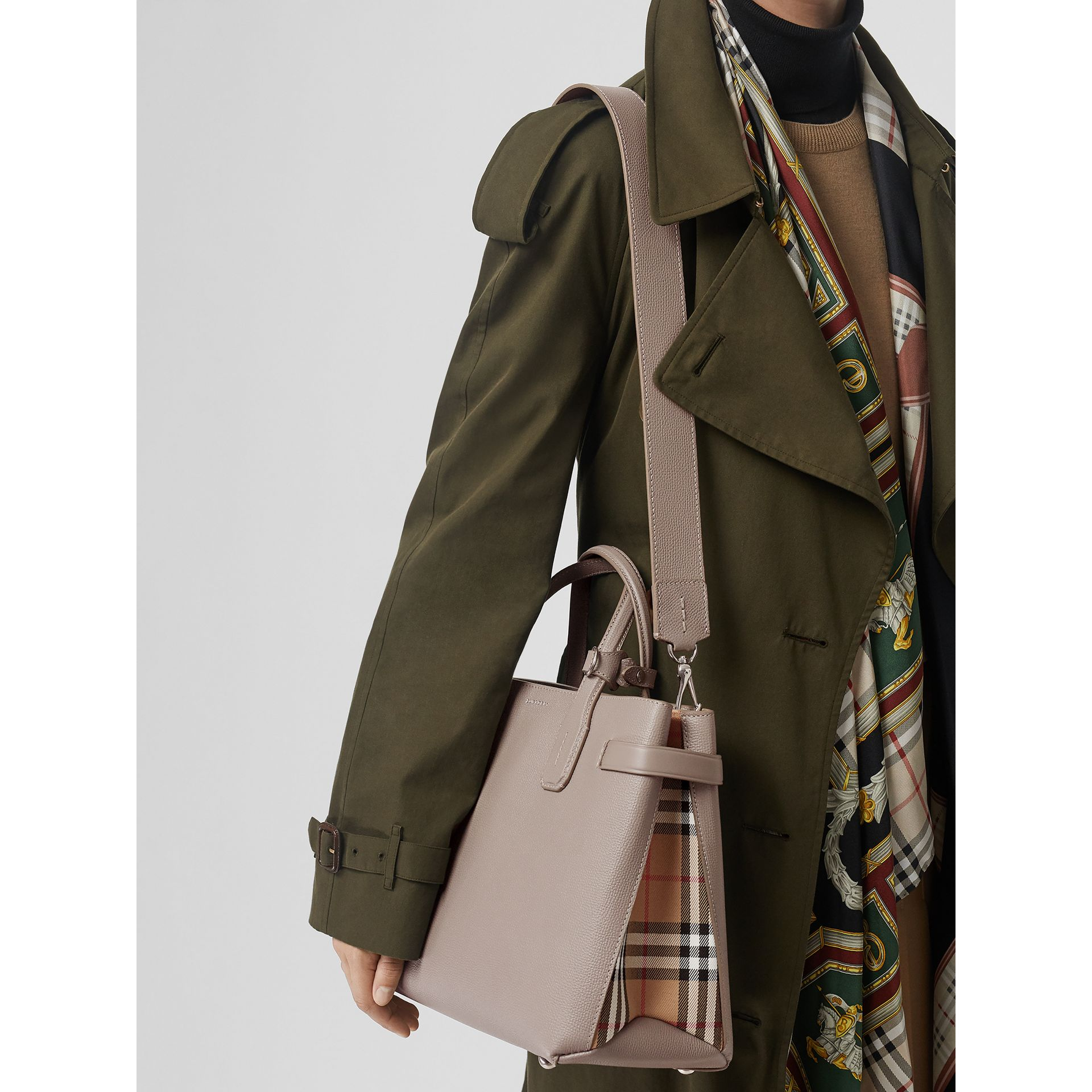 The Medium Banner in Leather and Vintage Check in Taupe Brown - Women | Burberry United States - gallery image 3