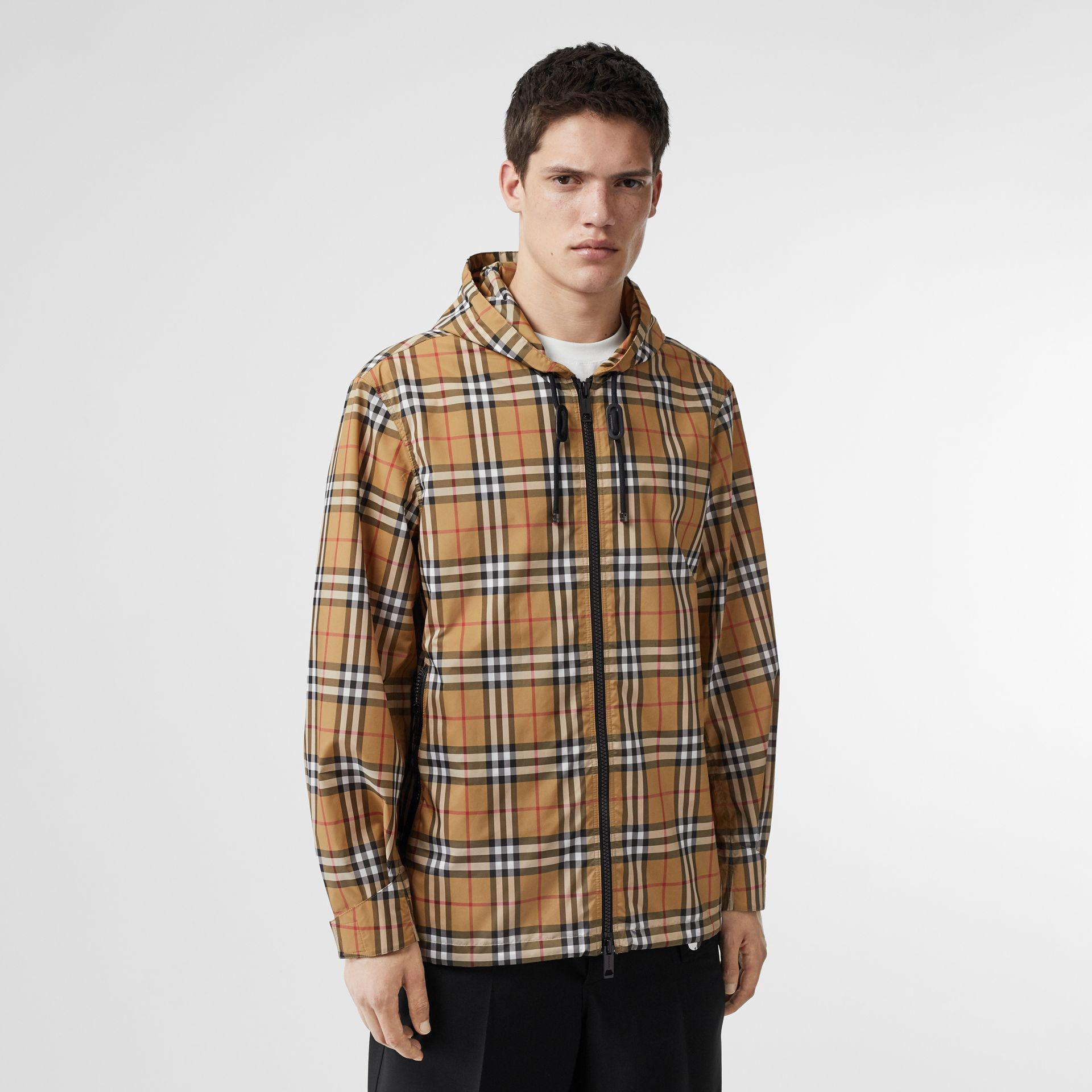 Vintage Check Lightweight Hooded Jacket in Antique Yellow - Men | Burberry Singapore - gallery image 4