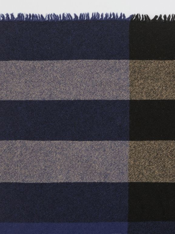 Fringed Check Wool Cashmere Scarf in Ink Blue | Burberry - cell image 1