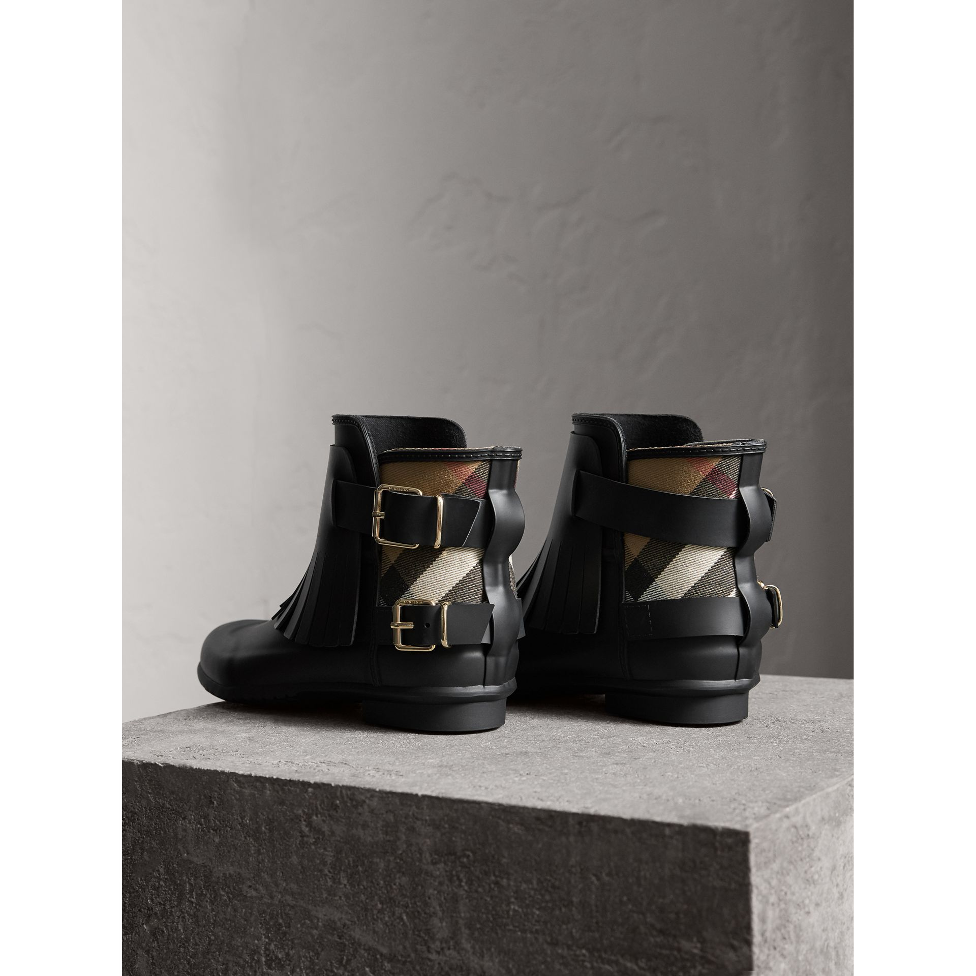 House Check and Fringed Rubber Rain Boots in Black - Women | Burberry - gallery image 4