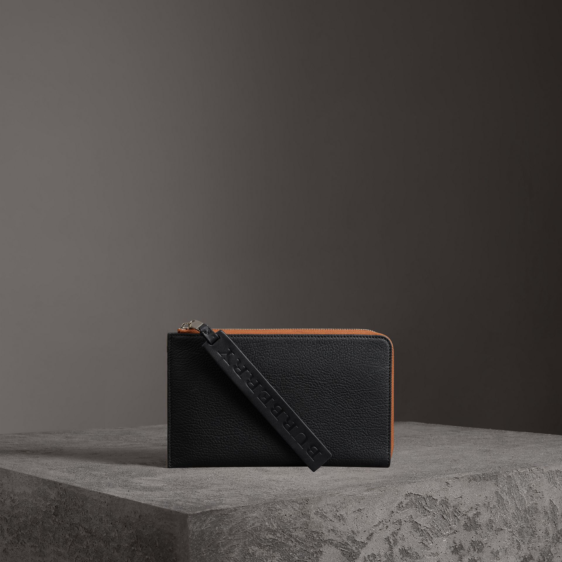 Two-tone Grainy Leather Travel Wallet in Black - Men | Burberry Australia - gallery image 0