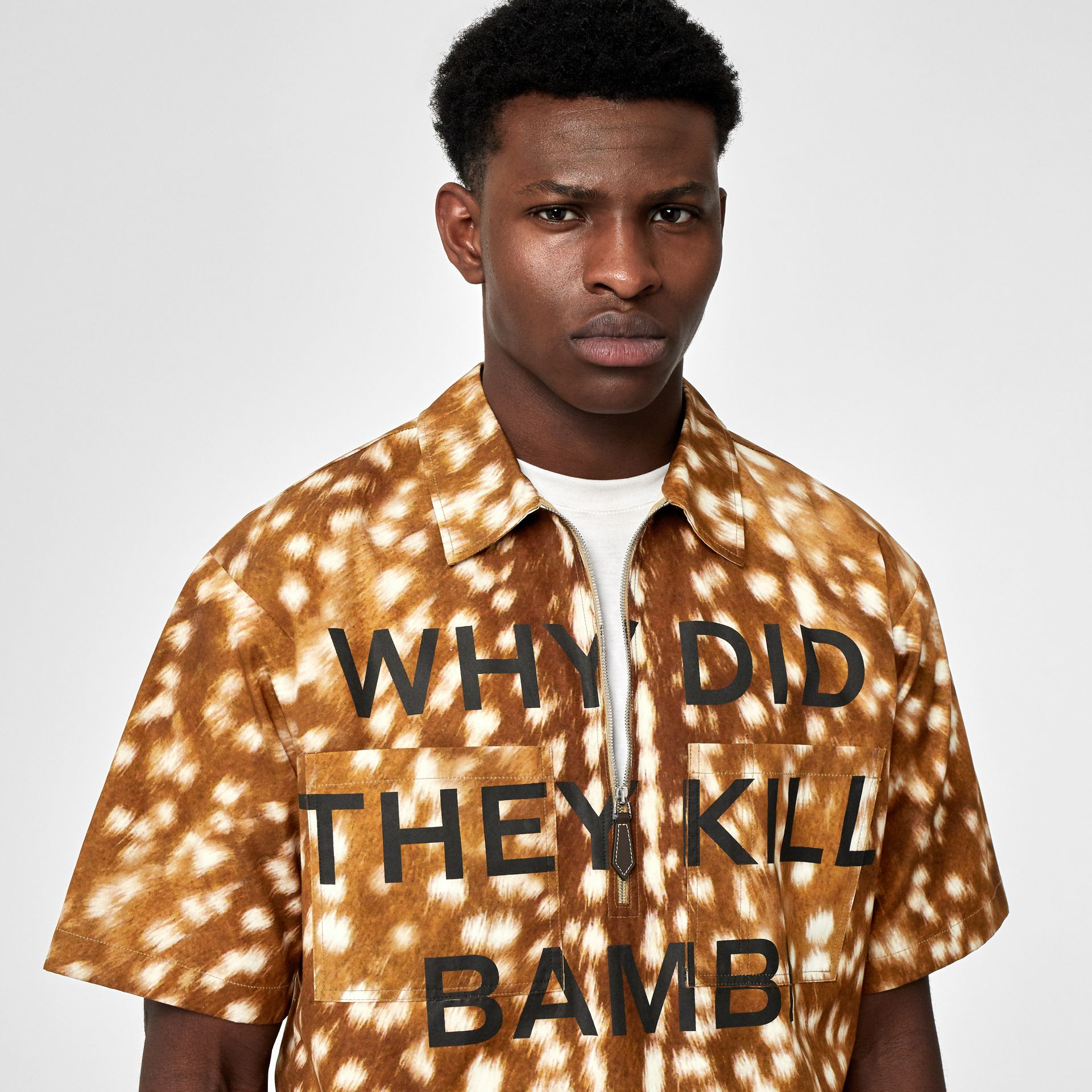 Short-sleeve Slogan Deer Print Cotton Shirt in Honey | Burberry - gallery image 1