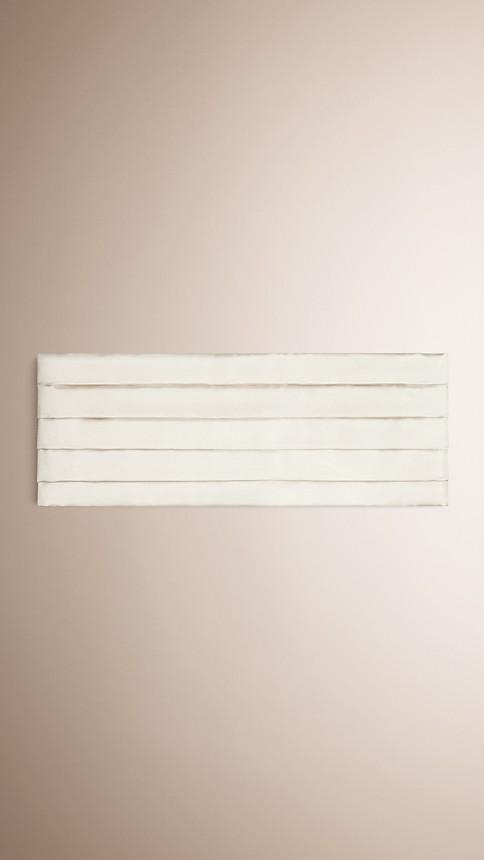 White Pleated Silk Cummerbund White - Image 1