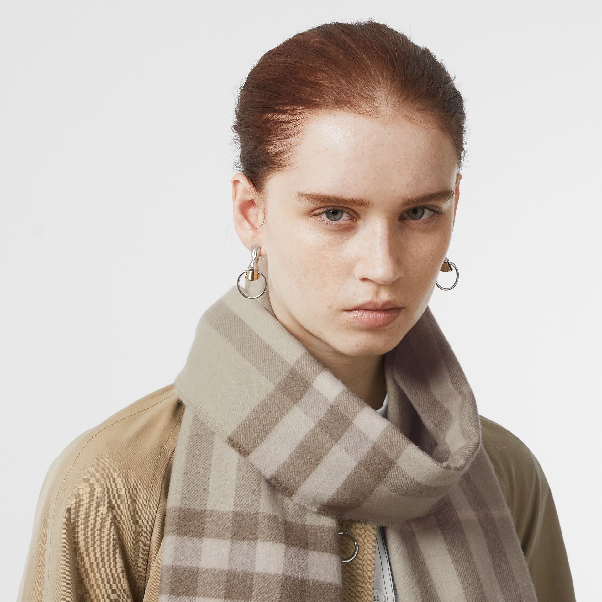The Classic Check Cashmere Scarf in Green | Burberry - gallery image 2