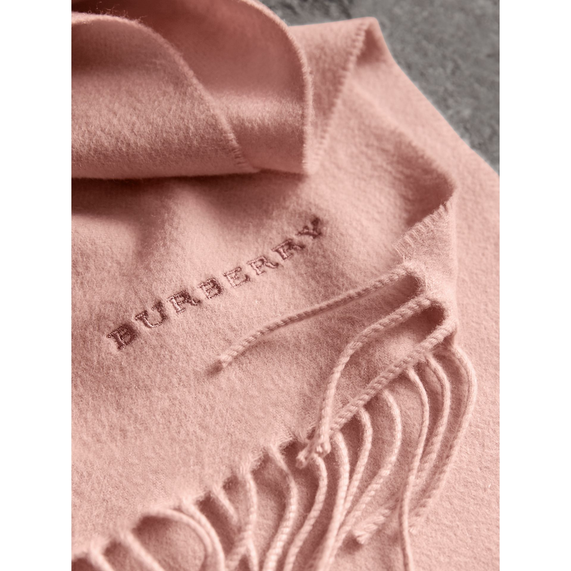The Classic Cashmere Scarf in Ash Rose | Burberry - gallery image 2