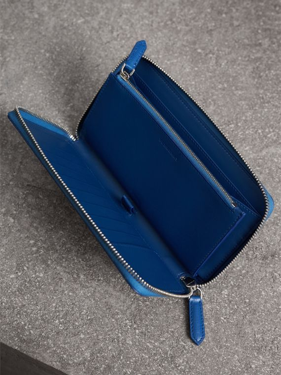 London Leather Ziparound Wallet in Deep Blue | Burberry - cell image 3