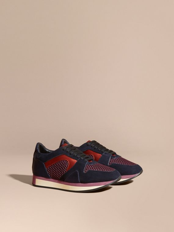 Les Field Sneakers en cuir velours et matière filet