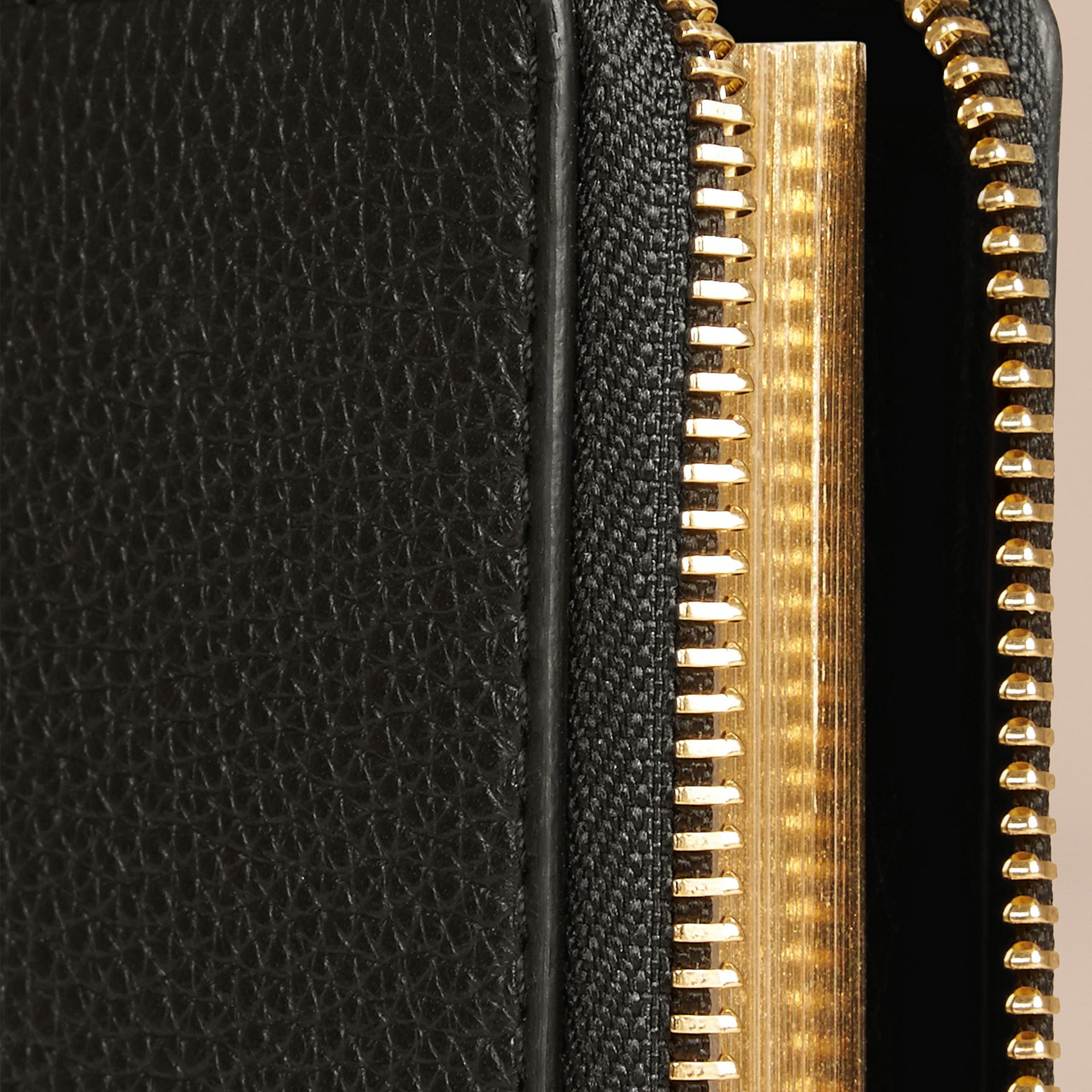 Black Ziparound Laser-cut Lace Detail Leather Mini Notebook - gallery image 2