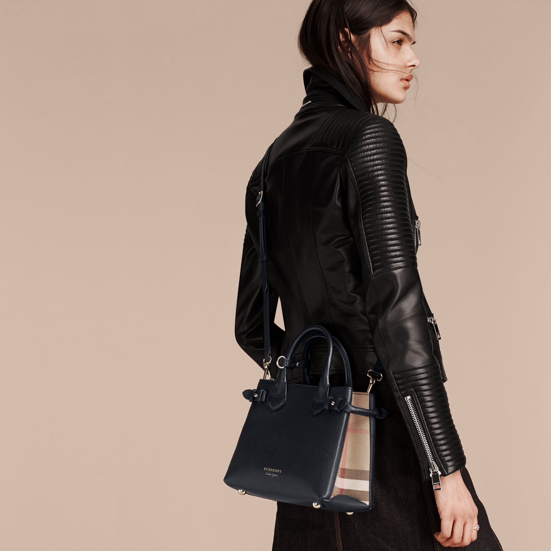 The Small Banner in Leather and House Check in Ink Blue - Women | Burberry Hong Kong - gallery image 3