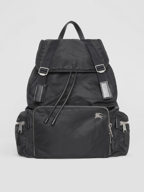 Zaino The Rucksack extra large in nylon stile aviatore (Nero)