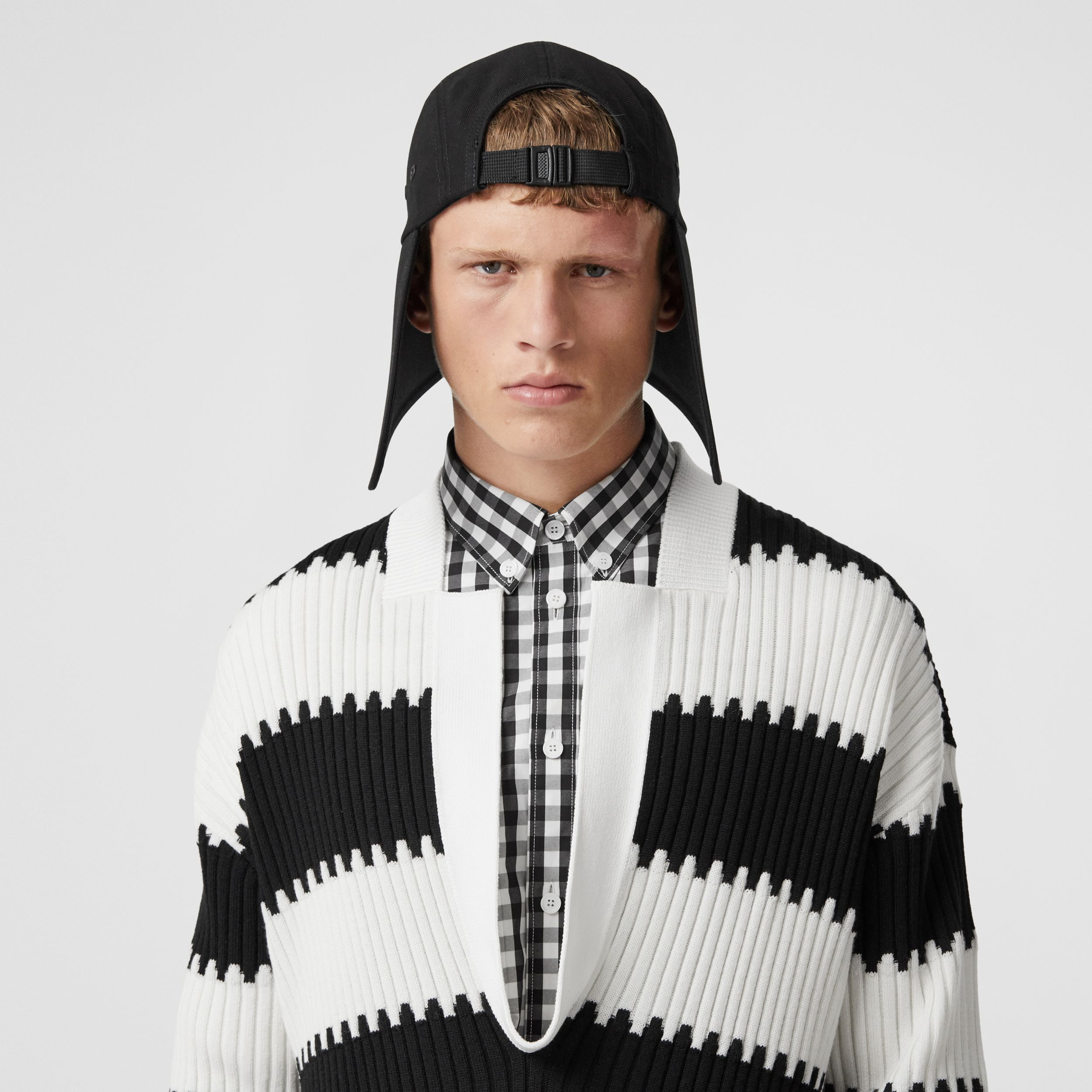 Side-slit Striped Rib Knit Wool Sweater in Black - Men | Burberry - 2