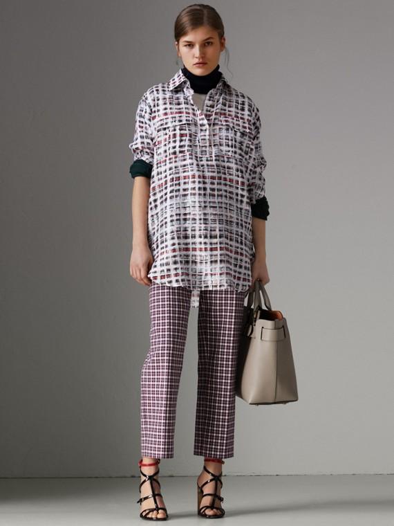 Camisa em seda com estampa xadrez de rabiscos (Vermelho Cádmio)