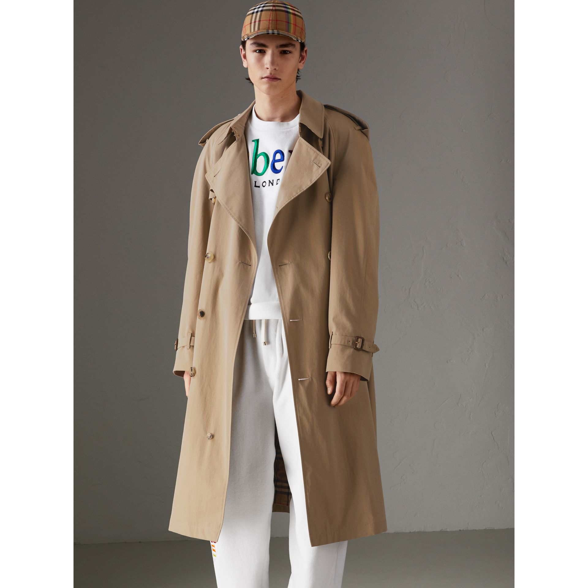 Trench en gabardine tropicale (Miel) | Burberry - photo de la galerie 6