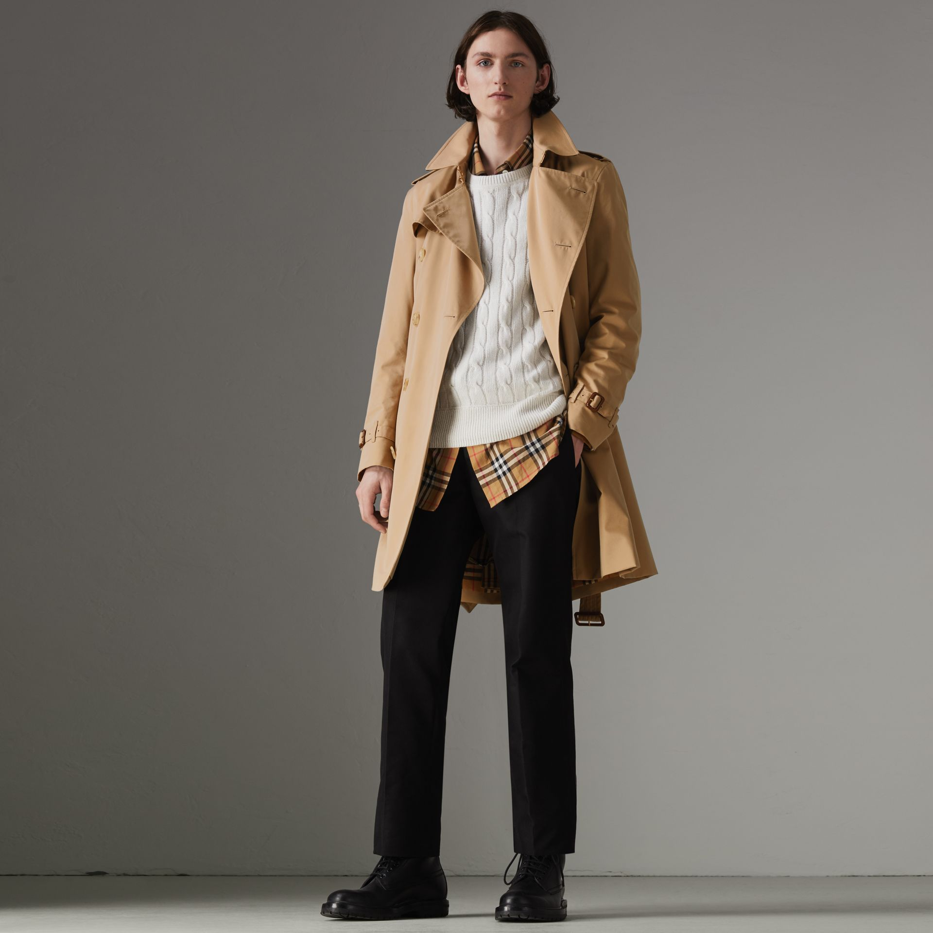 The Kensington Heritage Trench Coat in Honey - Men | Burberry United Kingdom - gallery image 0