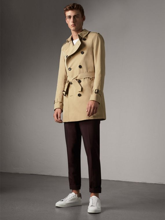 The Sandringham – Mid-length Heritage Trench Coat in Honey - Men | Burberry