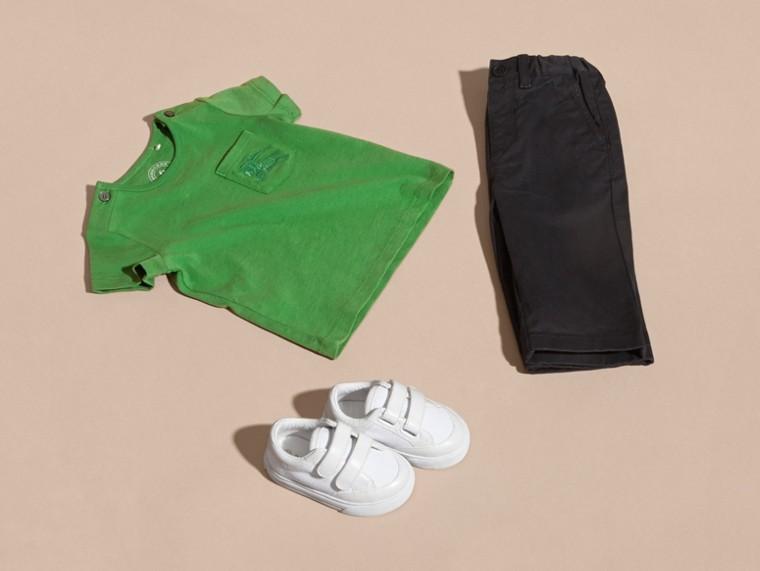 Verde felce brillante T-shirt girocollo in cotone Verde Felce Brillante - cell image 4