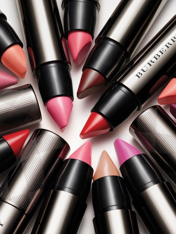 Light crimson 517 Burberry Full Kisses – Light Crimson No.517 - cell image 2