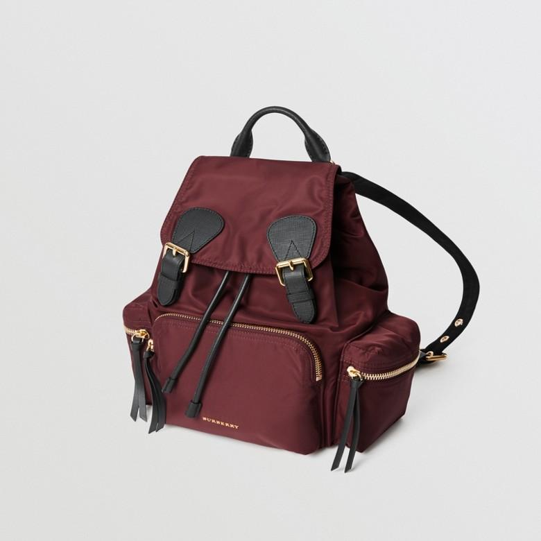 Burberry - Sac The Rucksack moyen en nylon technique et cuir - 4
