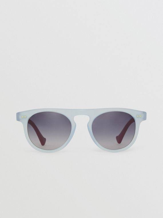 The Keyhole Round Frame Sunglasses in Light Blue