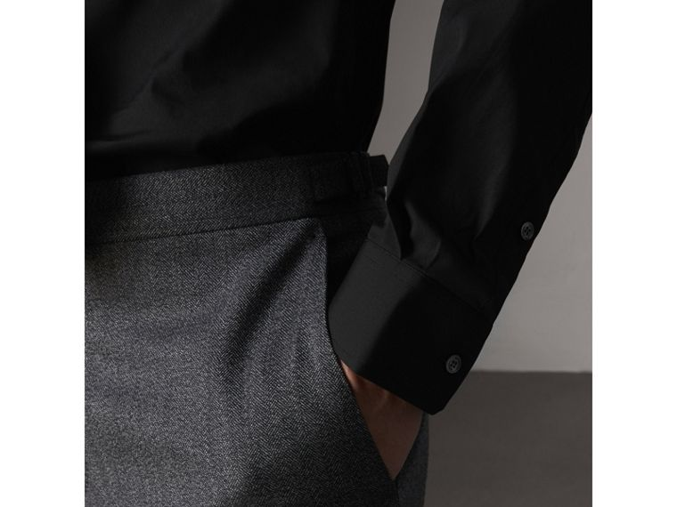 Modern Fit Stretch Cotton Shirt in Black - Men | Burberry - cell image 4
