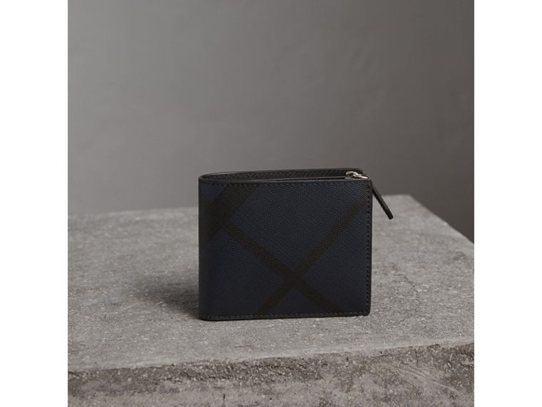 London Check International Bifold ID Coin Wallet in Navy/black - Men | Burberry - cell image 4