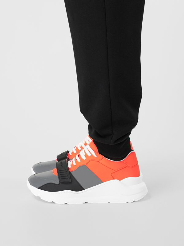 Sneakers color-block (Gris Argent/orange) - Homme | Burberry Canada - cell image 2