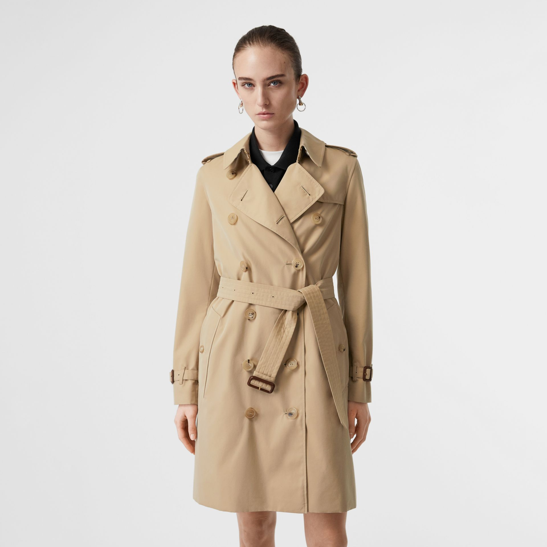 The Kensington Heritage Trench Coat in Honey - Women | Burberry United Kingdom - gallery image 7