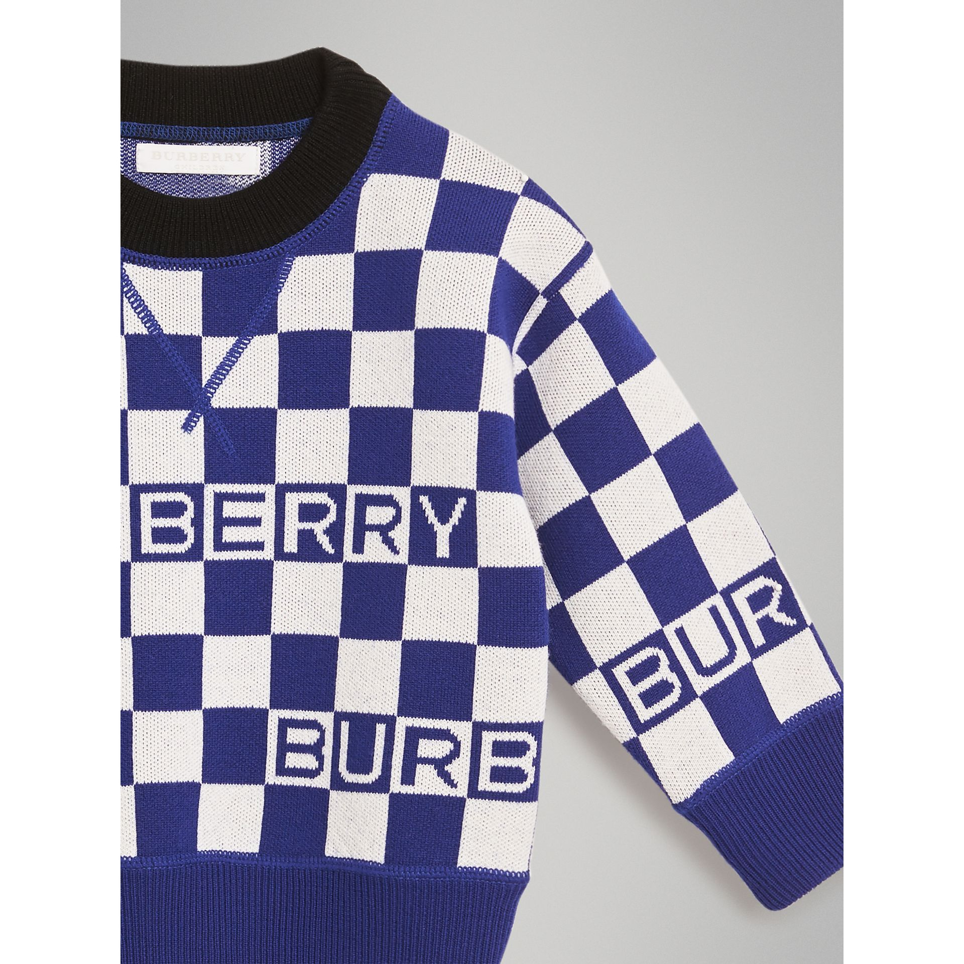Chequer Jacquard Merino Wool Sweater in Cobalt Blue | Burberry - gallery image 4