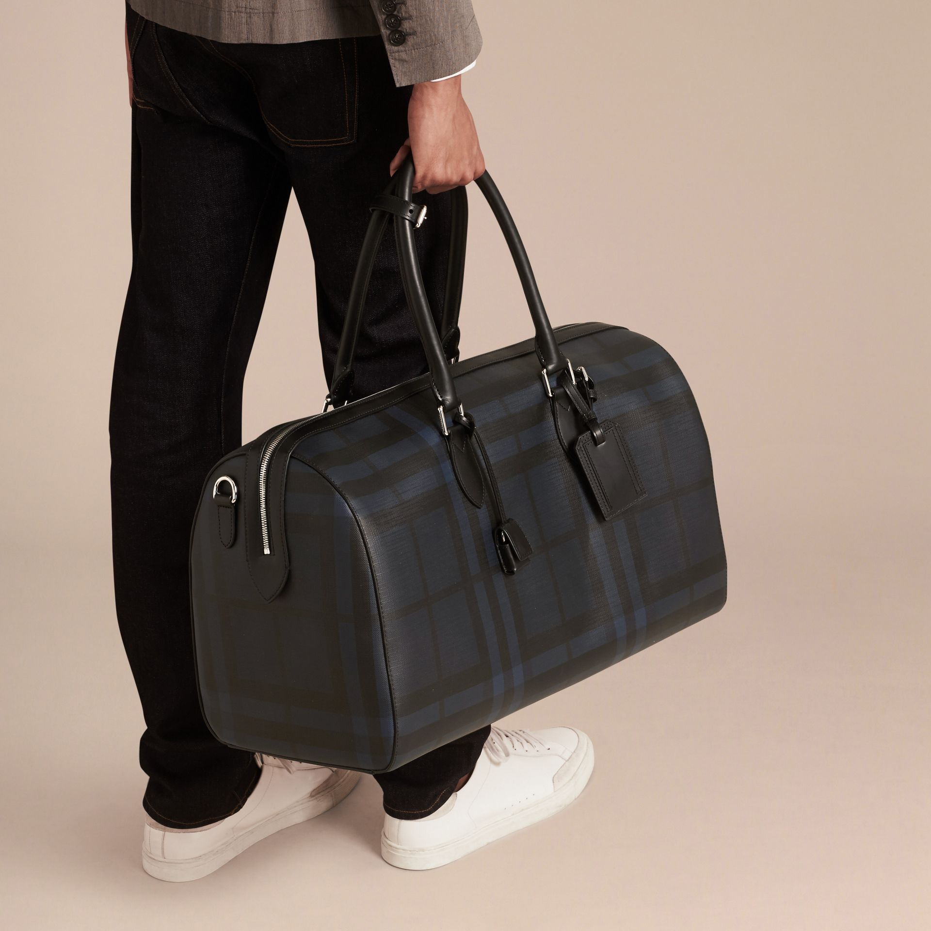 Leather Trim London Check Holdall in Navy/black - gallery image 3
