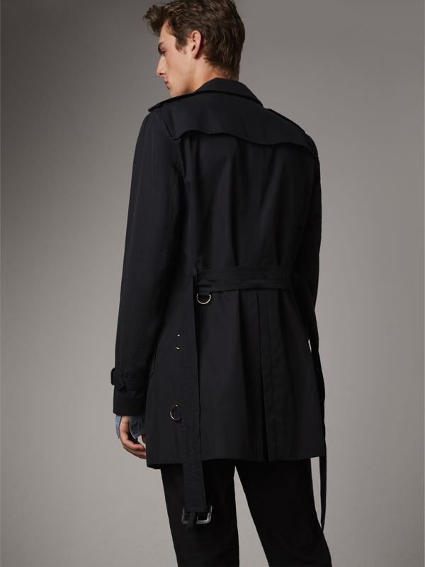 The Chelsea – Short Trench Coat in Navy - Men | Burberry - cell image 2