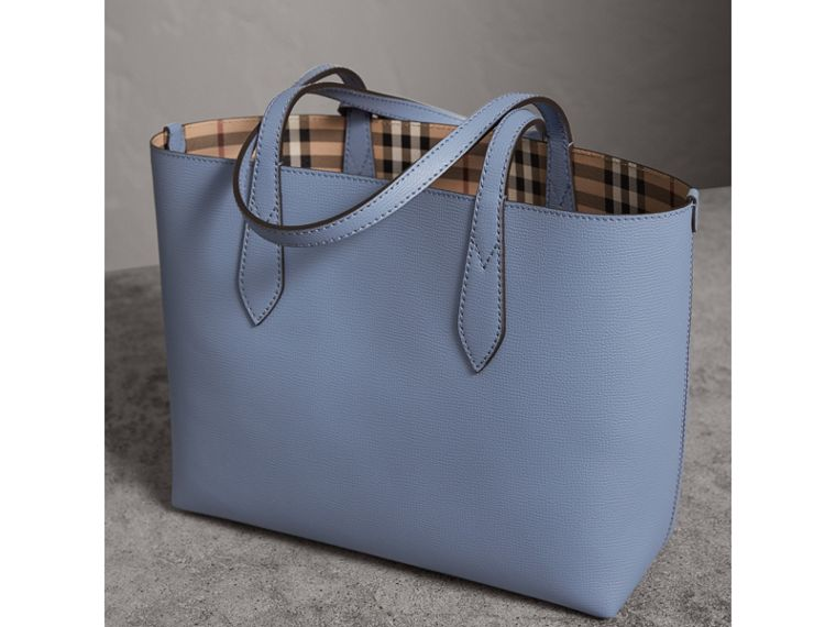 The Small Reversible Tote in Haymarket Check and Leather in Slate Blue - Women | Burberry - cell image 4