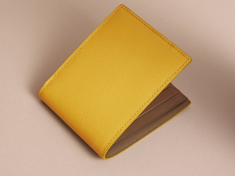 London Leather Slim Folding Wallet in Bright Citrus | Burberry Singapore - cell image 4
