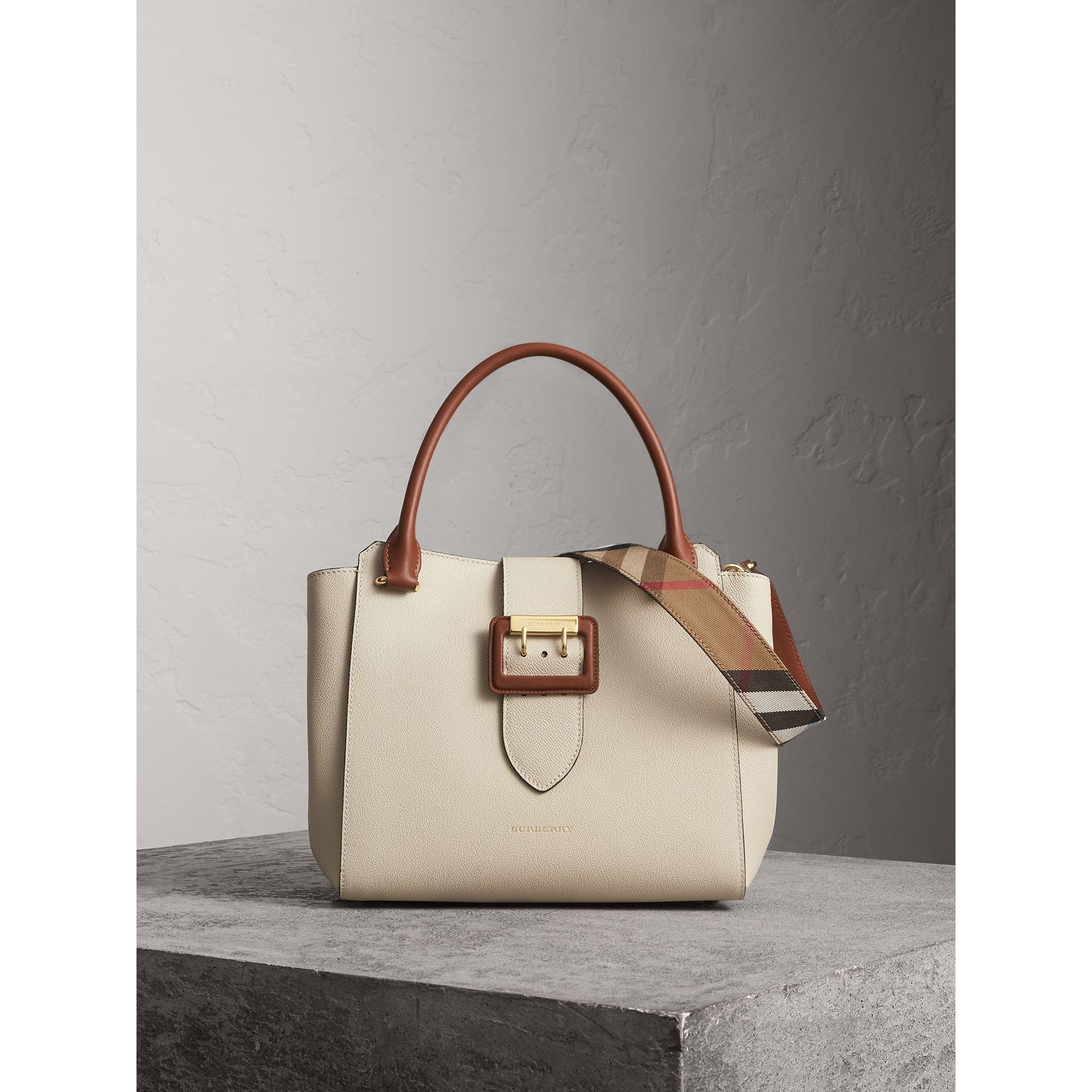 The Medium Buckle Tote in Two-tone Grainy Leather in Limestone - Women | Burberry - gallery image 1