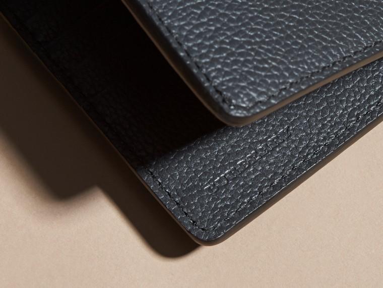 Dunkles zinnblau Faltbrieftasche aus Leder Dunkles Zinnblau - cell image 1