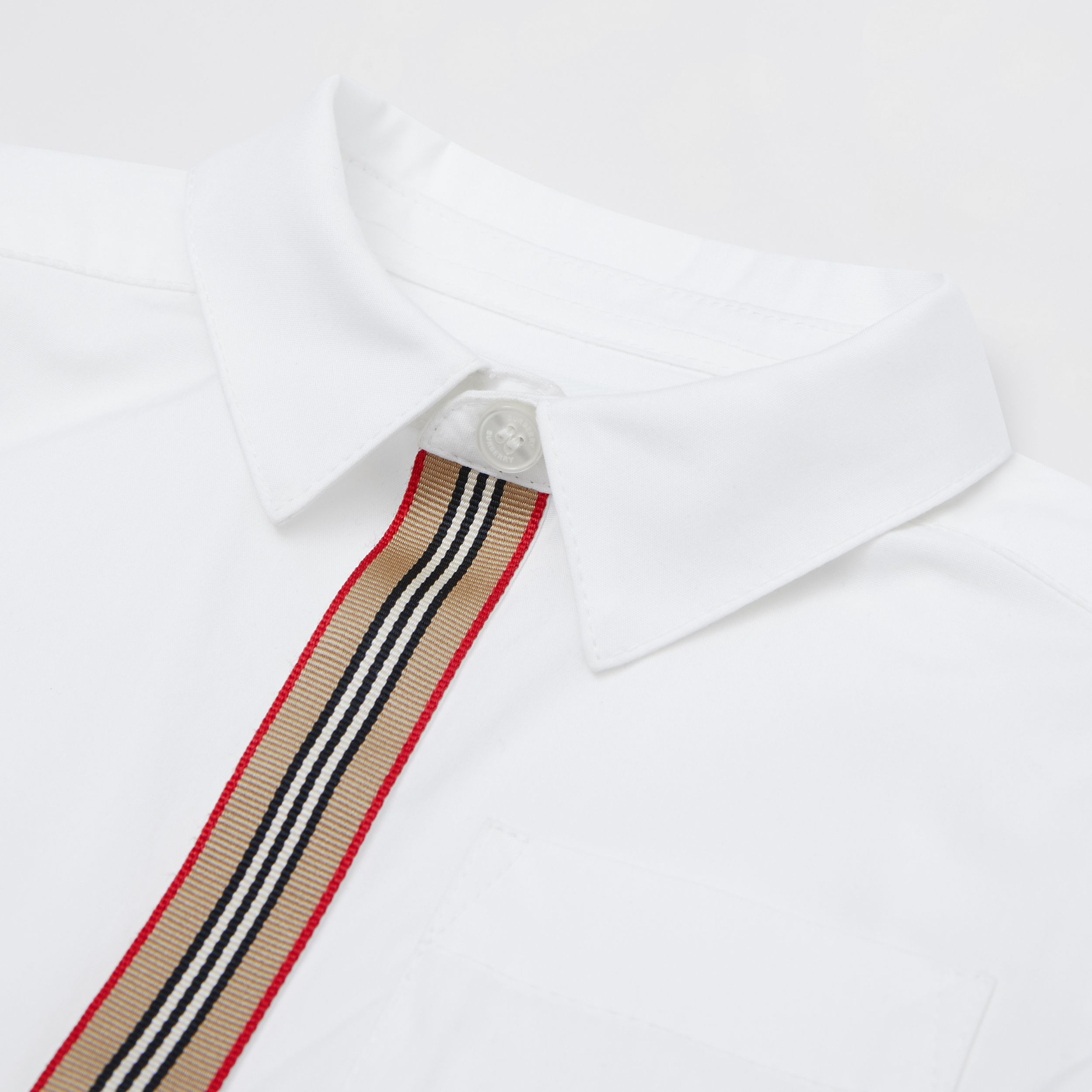 Short-sleeve Icon Stripe Trim Stretch Cotton Shirt in White - Children | Burberry Canada - 2