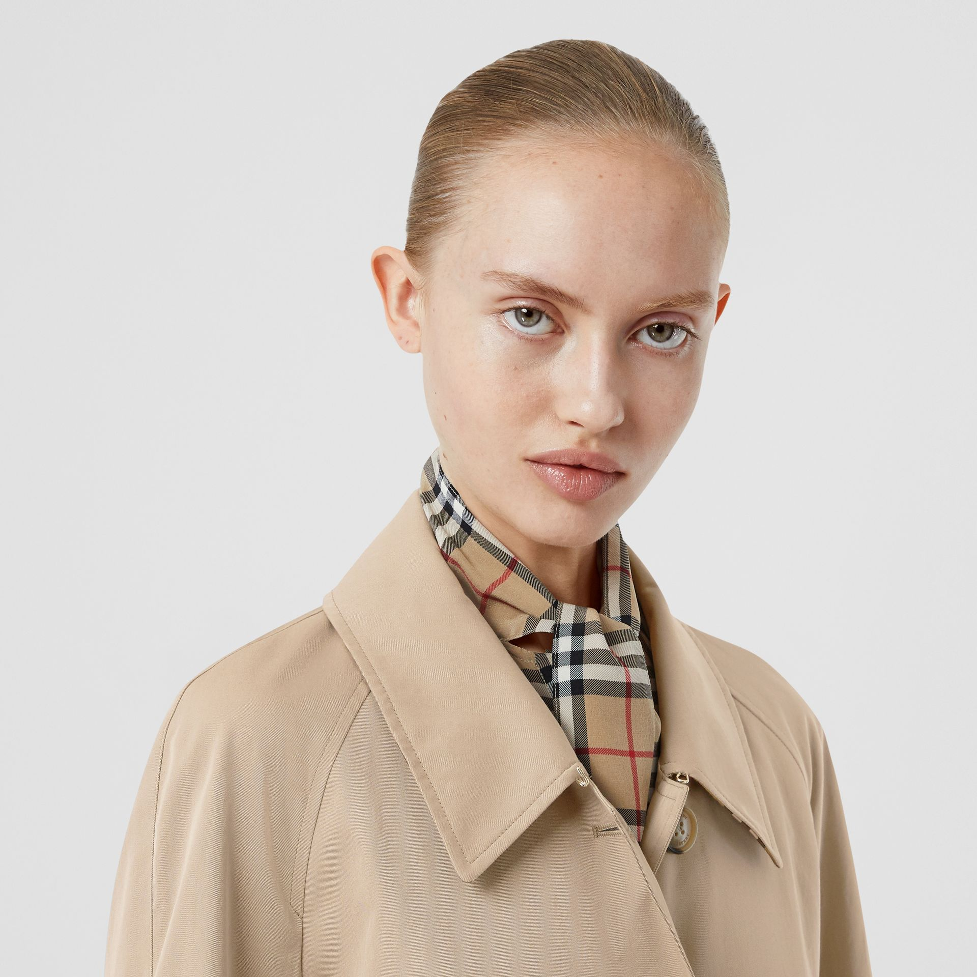 Side-slit Tropical Gabardine Trench Coat in Light Taupe - Women | Burberry United Kingdom - gallery image 1