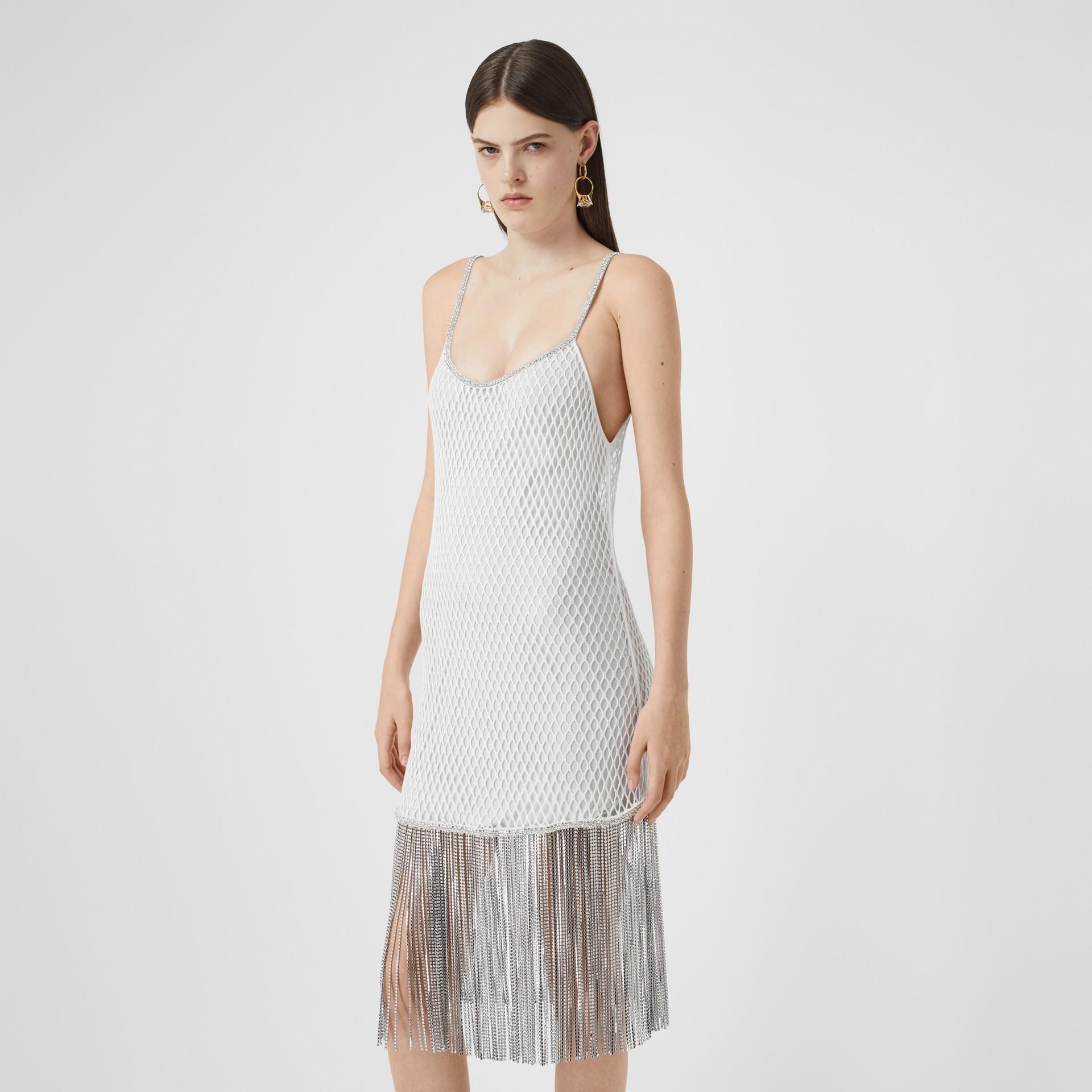 Vestido en malla de algodón con flecos de cristales (Blanco) - Mujer | Burberry - imagen de la galería 5