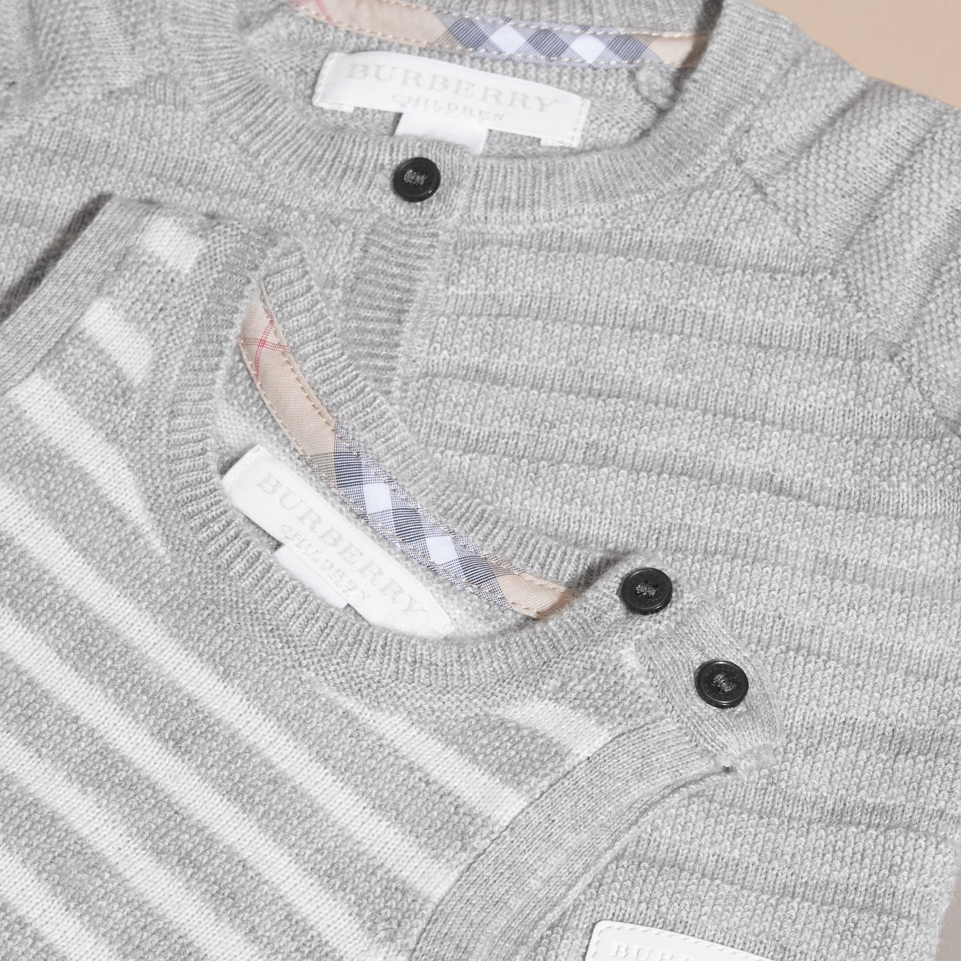 Light grey melange Striped Cashmere Cotton Two-piece Gift Set - gallery image 2