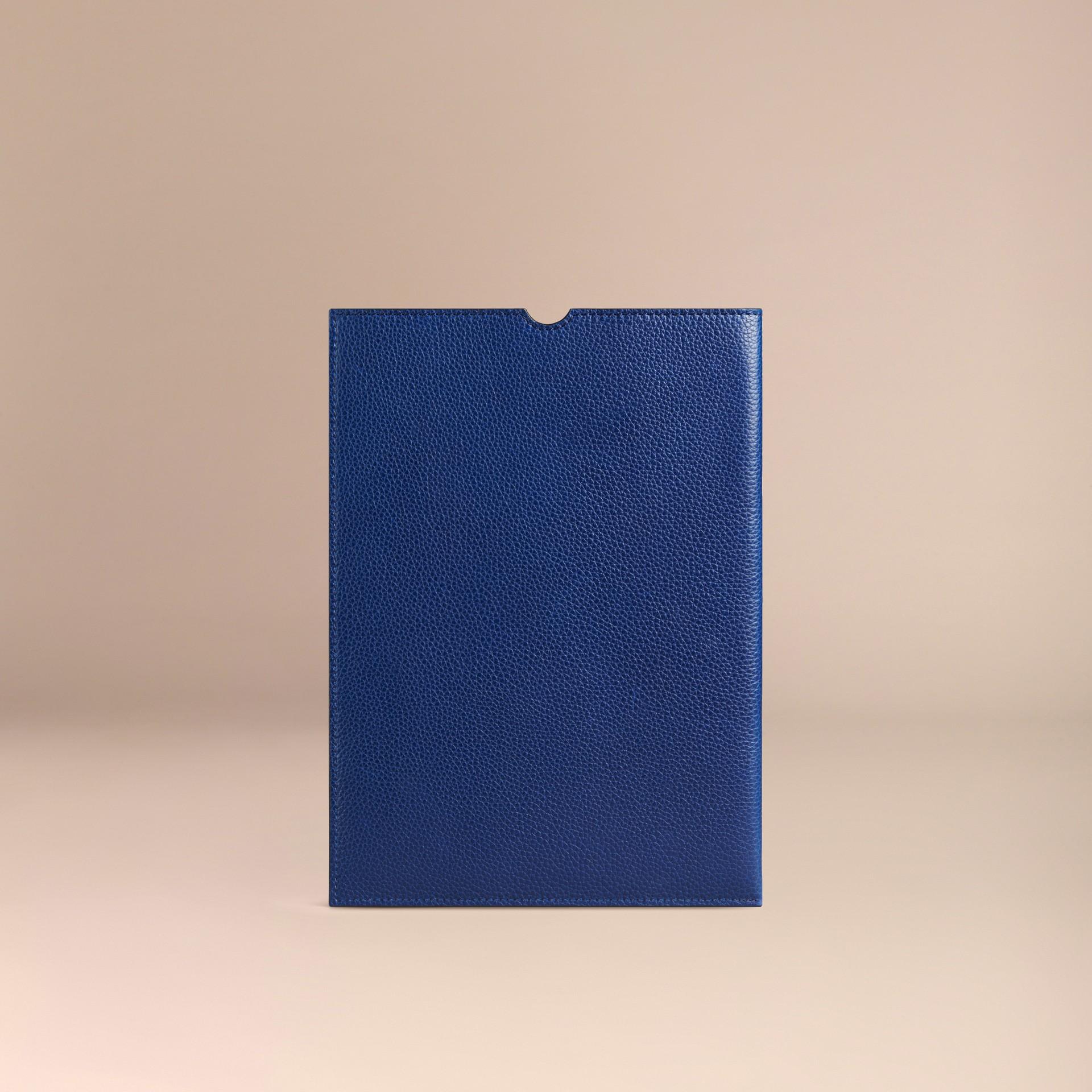 Marine vif Étui pour iPad en cuir grainé Marine Vif - photo de la galerie 2