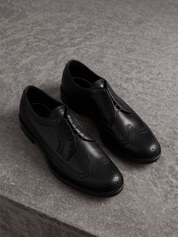 Brogue Derby in pelle (Nero)