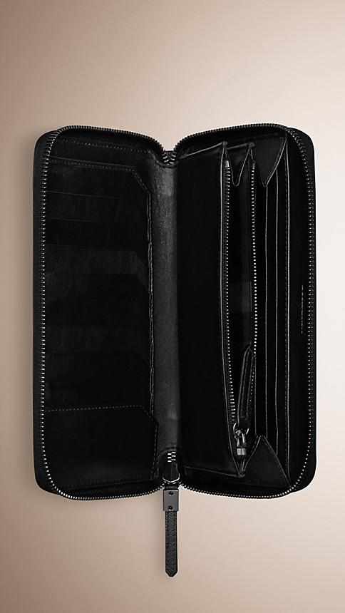 Black London Leather Ziparound Wallet - Image 4