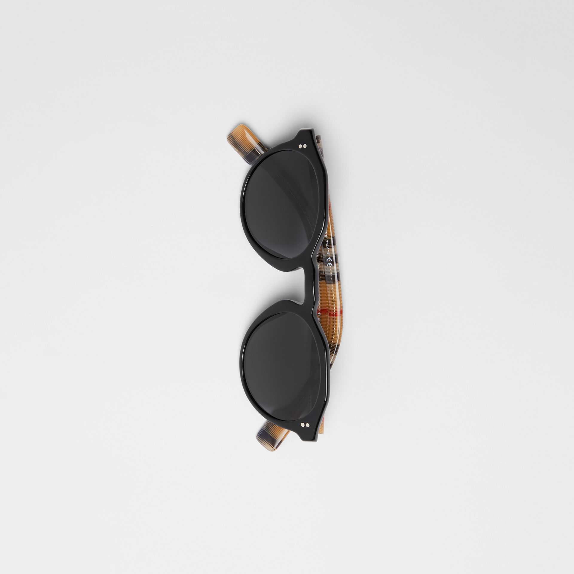 Vintage Check Detail Round Frame Sunglasses in Black/beige - Men | Burberry Canada - gallery image 2