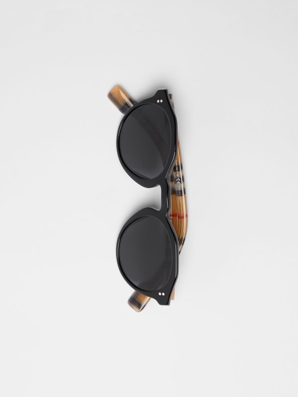 Vintage Check Detail Round Frame Sunglasses in Black/beige - Men | Burberry United Kingdom - cell image 2