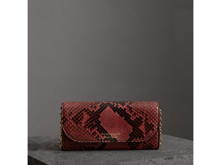 Python Wallet with Chain in Peony - Women | Burberry Hong Kong - cell image 4
