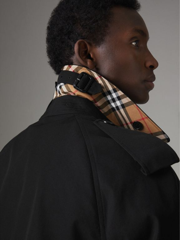 The Westminster Heritage Trench Coat in Black - Men   Burberry - cell image 1